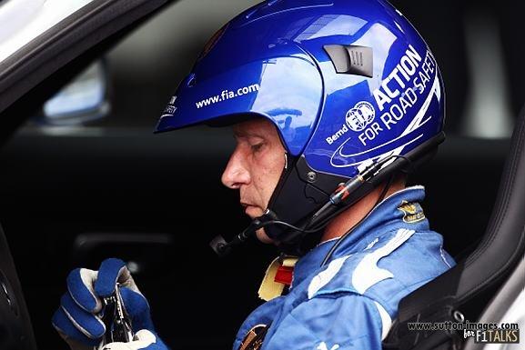 -Formula 1 - Season 2011 - d11bel150