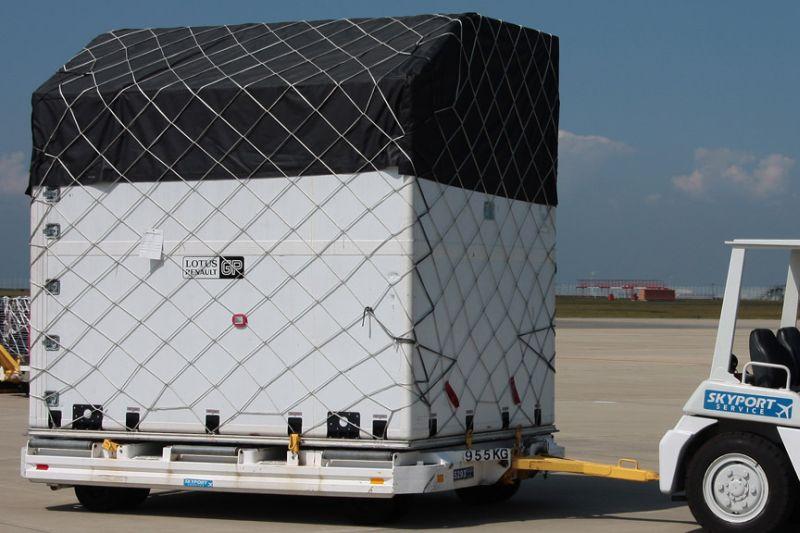 -Formula 1 - Season 2011 - f1 cargo japan 20112028329