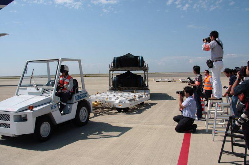 -Formula 1 - Season 2011 - f1 cargo japan 20112028529
