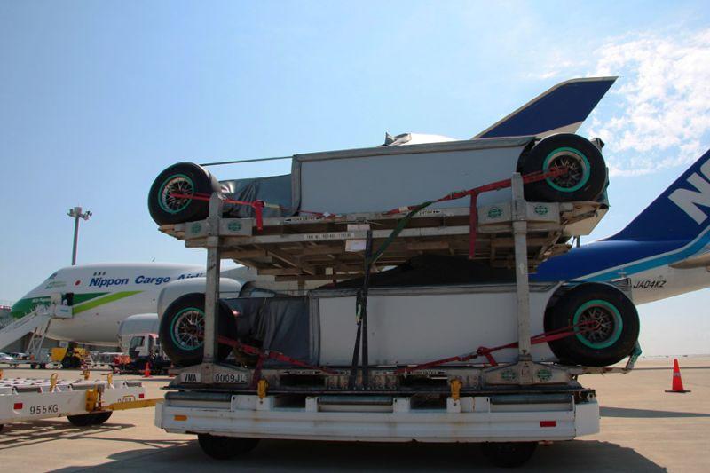 -Formula 1 - Season 2011 - f1 cargo japan 20112028729