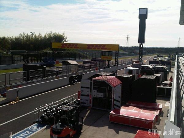-Formula 1 - Season 2011 - x2 8981315