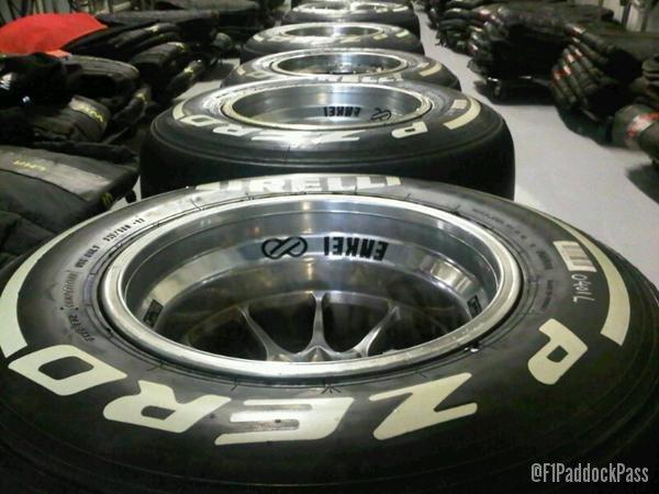 -Formula 1 - Season 2011 - x2 89cfca7