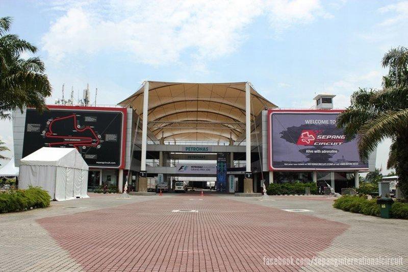 -Formula 1 - Season 2012 - - malaysian gp 2012 wednesday 01