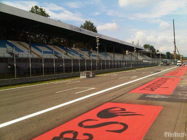 -Formula 1 - Season 2011 - 277on