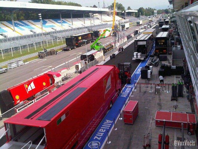 -Formula 1 - Season 2011 - 1u2nk