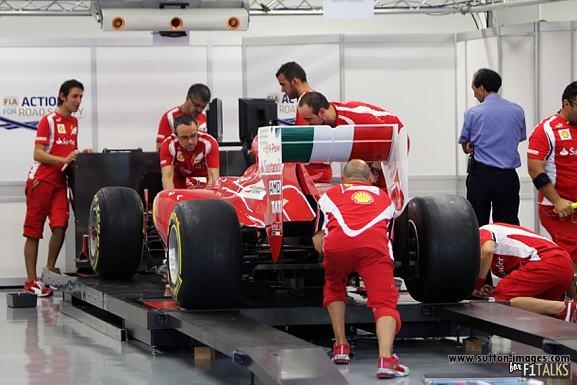 -Formula 1 - Season 2011 - d11sin108