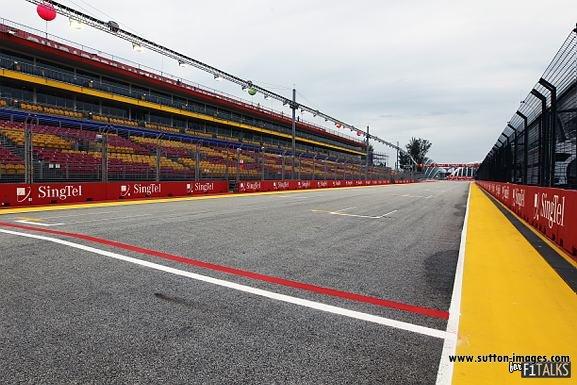 -Formula 1 - Season 2011 - d11sin18