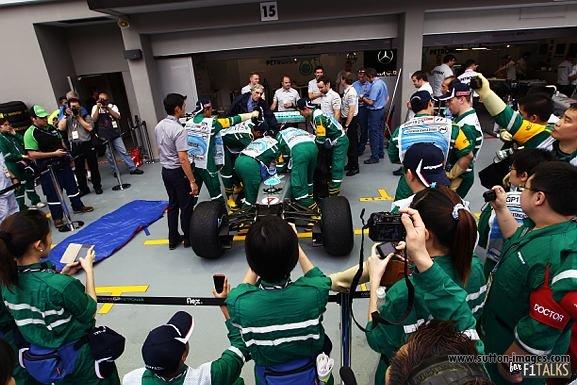 -Formula 1 - Season 2011 - d11sin31
