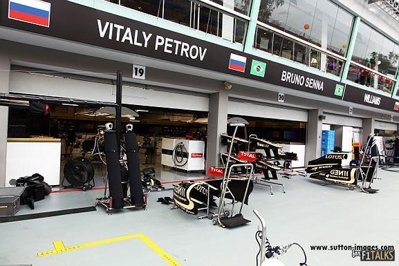 -Formula 1 - Season 2011 - d11sin34