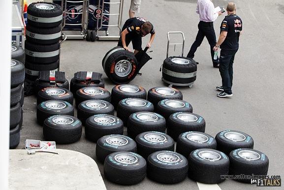 -Formula 1 - Season 2011 - d11sin35