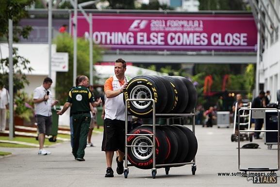 -Formula 1 - Season 2011 - d11sin37