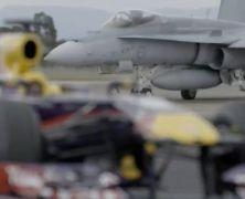 Red Bull sprawdził RB10 w bazie wojskowej?
