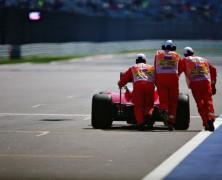 Trudny początek weekendu wyścigowego dla Sebastiana Vettela
