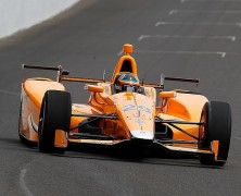 Alonso zdał swój pierwszy egzamin za kółkiem samochodu serii Indy Car